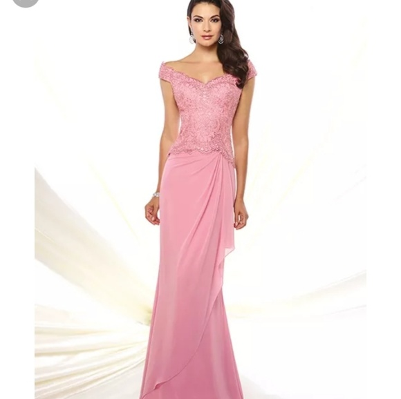 Mon Cheri Dresses & Skirts - Stunning Montage By Mon Cherie Chiffon Lace Gown